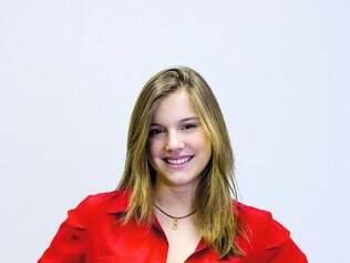 """Vitrine. Alice Wegmann conta que oportunidade em """"Malhação"""" serviu para lhe abrir portas para outros papeís na TV"""