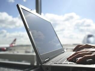 Notebooks são maioria entre os computadores vendidos no Brasil, de acordo com estudo da IDC