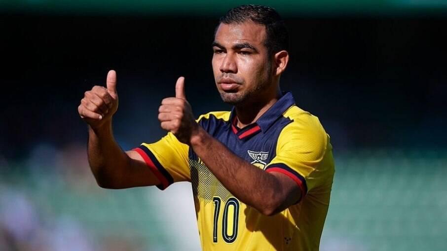 Sornoza atuou pelo Corinthians e atualmente está emprestado ao Independiente Del Valle