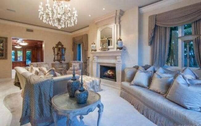 Casa de Kobe Bryant está à venda por 8,6  milhões de dólares
