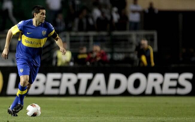 O meia Riquelme é o capitão do Boca Juniors