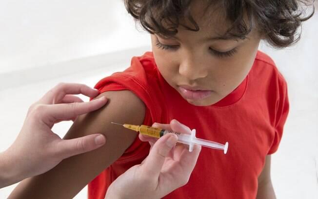 Todos os postos de saúde do Rio de Janeiro estão desabastecidos da vacina pentavalente