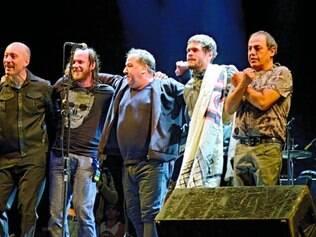 Renovada. Ira! após primeiro show em São Paulo com Scandurra, Evaristo Pádua, Nasi, Daniel Rocha e Johnny