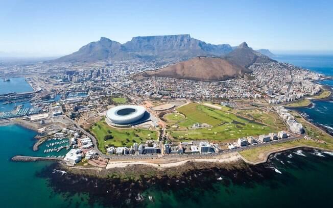 A Cidade do Cabo, na África do Sul, é a cidade que possui mais atrações para os turistas por contar variadas atrações