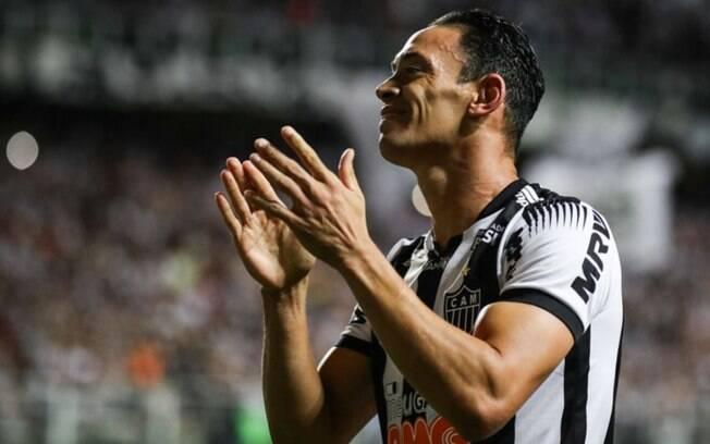 Ricardo Oliveira, novo reforço do Coritiba