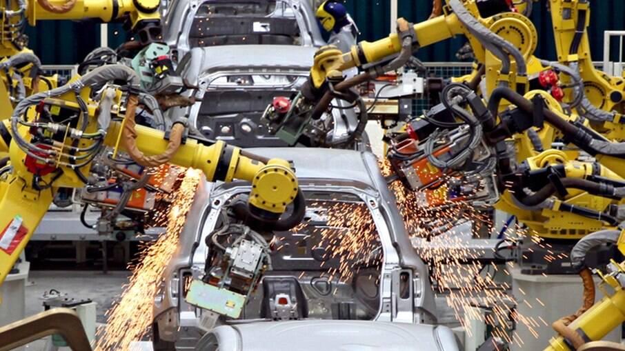 Nissan foi a quinta montadora a anunciar a paralisação da produção no Brasil