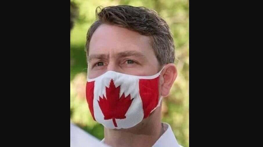 Político canadense se desculpou publicamente pelo incidente