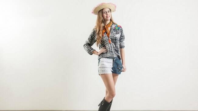 Crie um look junino moderno e simples