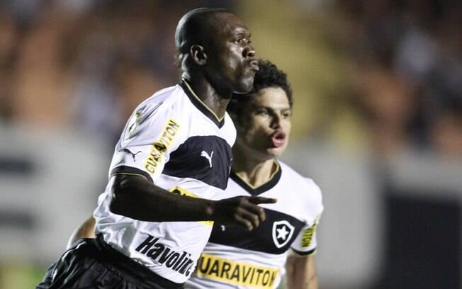 Seedorf comemora primeiro gol com a camisa do  Botafogo