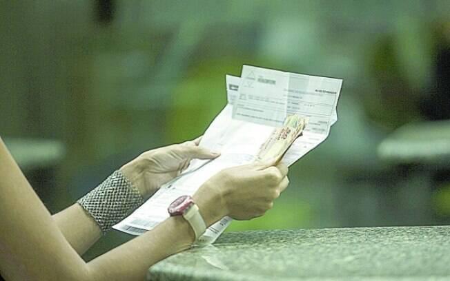 Pagamento de boletos com valor superior a R$ 100, mesmo vencidos, já podem ser realizados em qualquer banco