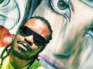 Vulgo Elemento.  Além de cantor e compositor, rapper é doutorando em serviço social pela PUC-SP