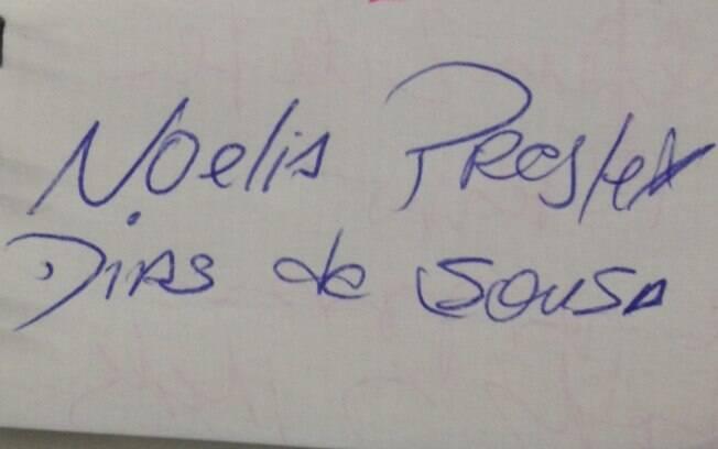 Assinatura de Noelia Presley no caderno da reportagem