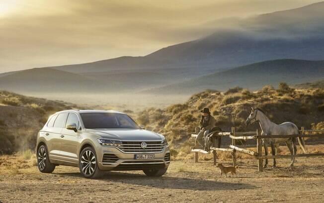 VW Touareg prata