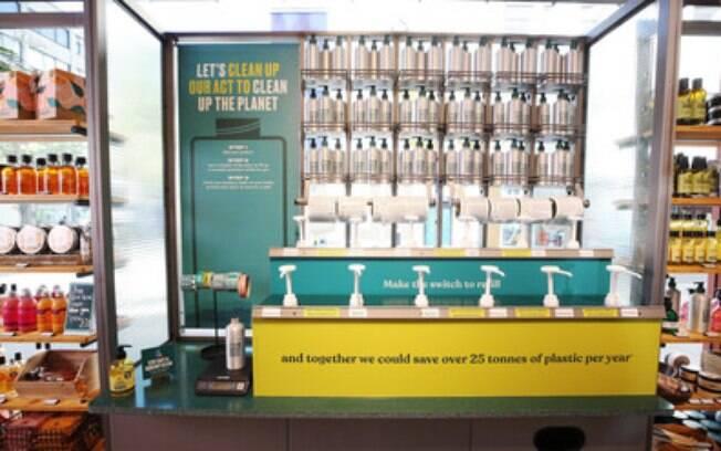 The Body Shop anuncia o compromisso de ser 100% vegano certificado até 2023 e lança o esquema de refil