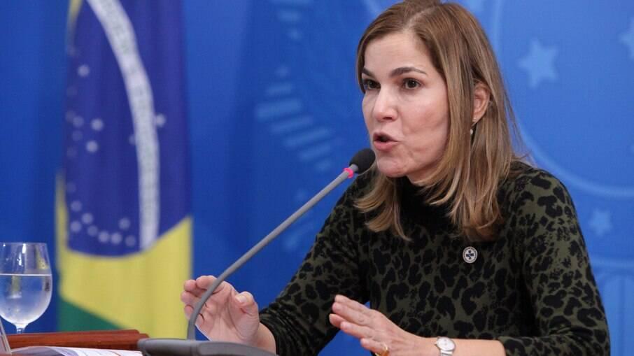 Mayra Pinheiro - mais conhecida como Capitã Cloroquina - Secretária de Gestão do Trabalho e da Educação na Saúde do Ministério da Saúde