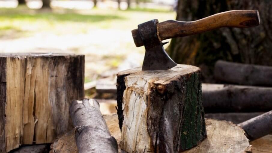 Idosos são mortos com golpes de machado na Paraíba