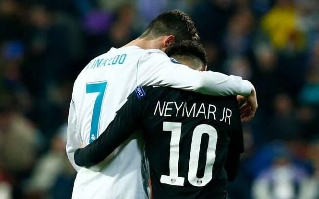 Cristiano Ronaldo levou a melhor na primeira parte do duelo com Neymar