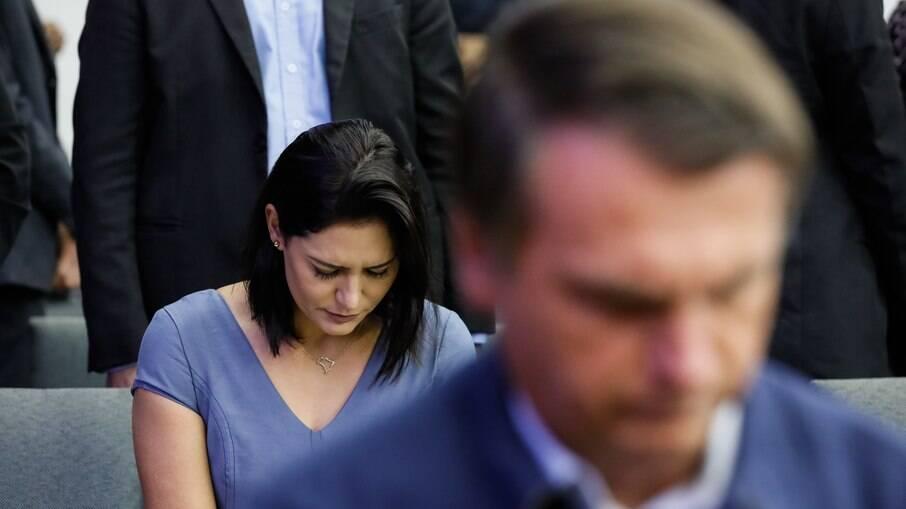Mulher e filho de Bolsonaro disputam nome para o STF
