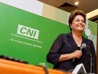Dilma Rousseff participa de encontro da CNI com candidatos à Presidência, em 30/7/2014