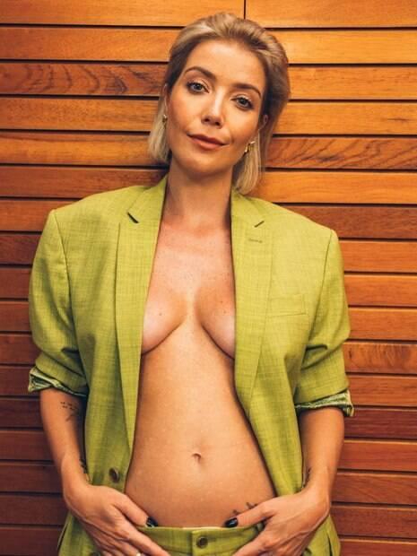 Luiza Possi anuncia gravidez nas redes sociais