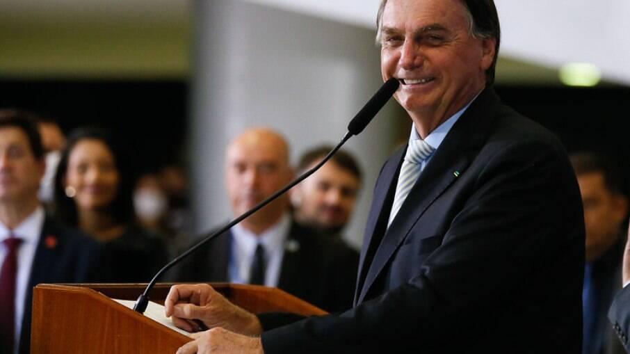 Rejeição a Jair Bolsonaro entre os jovens atinge 47%, diz pesquisa