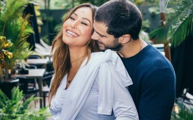 Sabrina Sato dá à luz a sua primeira filha, Zoe, fruto do seu relacionamento com o ator Duda Nagler