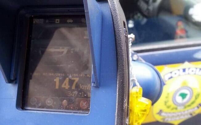 Em reação a Bolsonaro, policiais rodoviários diz que radares 'salvam vidas'