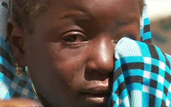 Fátima, de apenas 8 anos, perdeu o pai durante ataque do grupo terrorista