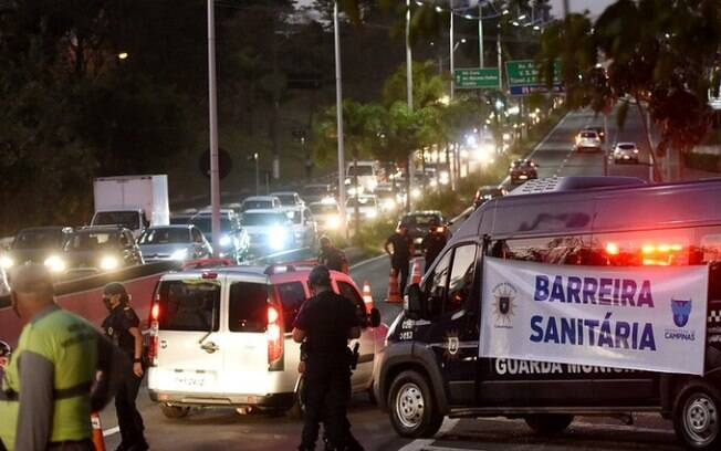 Confira fotos do 1º dia das barreiras sanitárias em Campinas