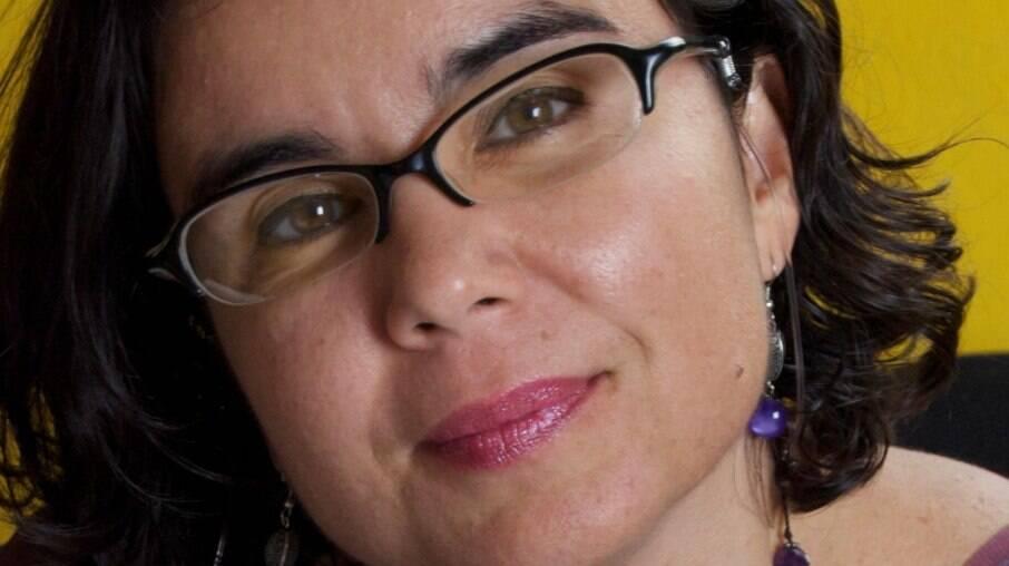Para a ativista Alessandra Nilo, a discussão sobre a universalidade de uma possível vacina deve começar desde já