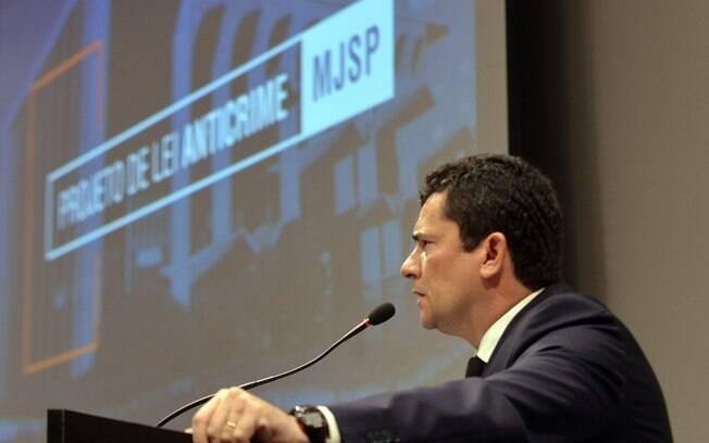 Campanha do projeto anticrime é suspensa após polêmica envolvendo Sérgio Moro