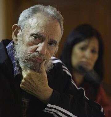 Ex-presidente cubano comemora<bR> seus 86 anos longe do público