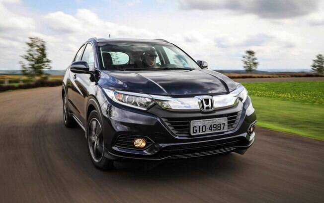 Honda HR-V 2019 recebe mudanças na grade frontal, para-choque e faróis com LED no lugar de lâmpadas convencionais