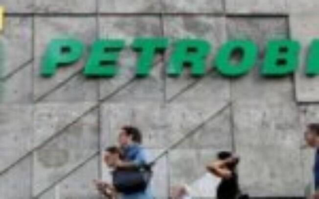 Petrobras (PETR4) perderá quatro diretores após saída de Castello Branco