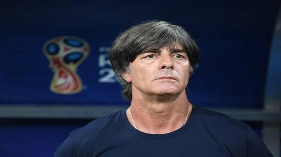 Joachim Low anuncia saída da Alemanha após Eurocopa