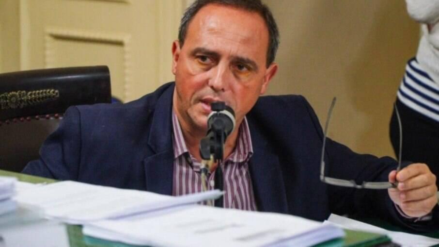 Lei proposta pelo deputado Waldeck Carneiro estabelece políticas públicas para favelas