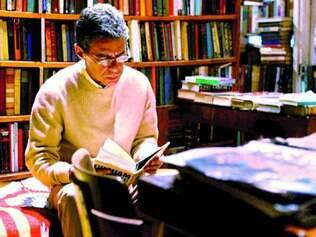 Trajetória. Aclamado como um dos maiores nomes da música brasileira, Chico Buarque é celebrado também na literatura
