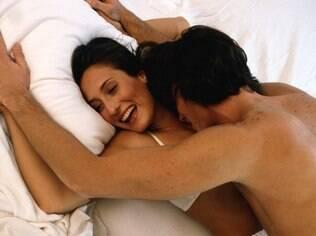O que se entende por orgasmo perfeito, na verdade, são dois tipos diferentes de orgasmos atingidos ao mesmo tempo: o vaginal e o clitoriano