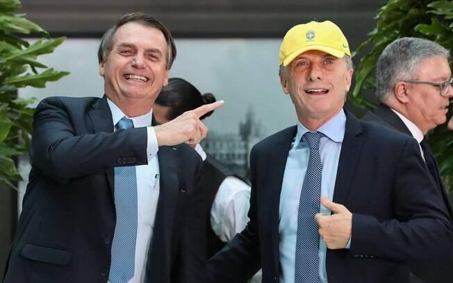 Bolsonaro disse que pretende avançar no projeto de uma moeda única com a Argentina