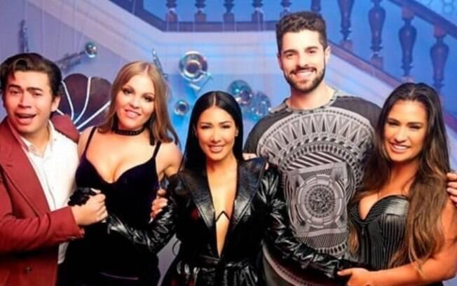 Simone e Simaria, Luísa Sonza, Alok e Whindersson Nunes nos bastidores do clipe Paga de Solteiro Feliz