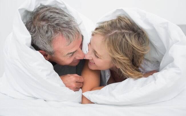 Casais mais velhos também precisam se proteger e estar sempre atentos em relação às DSTs