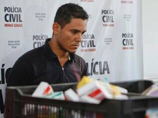 Cidades -  Belo Horizonte - Minas Gerais. Apresentacao de suspeito de roubo de medicamento em Sete Lagoas.   Foto: Uarlen Valerio / O Tempo 14.03.2014