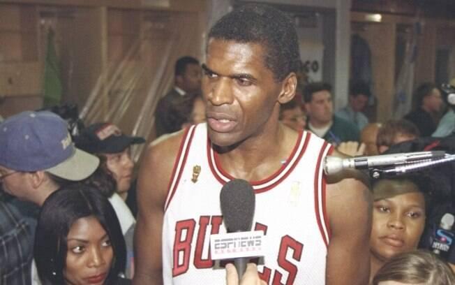 Robert Parish foi campeão da NBA pelo Chicago  Bulls em 1997, aos 43 anos