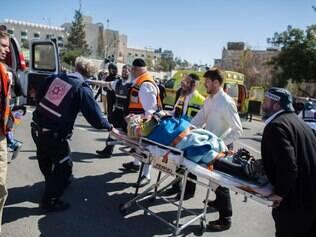 Atropelador foi baleado por policiais de Israel e está gravemente ferido