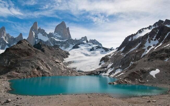A paisagem natural de FitzRoy chama a atenção dos turistas que visitam esse local argentino