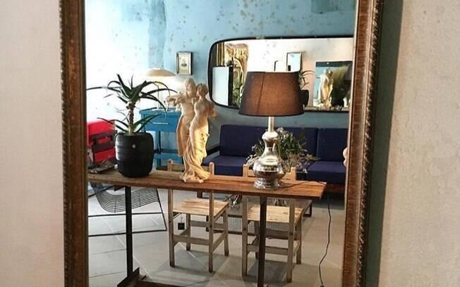 Espelhos na decoração trazem ousadia e beleza para sua casa