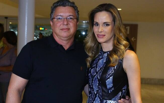 Boninho e Ana Furtado prestigiam Claudia Raia e elenco no musical 'Crazy For You'
