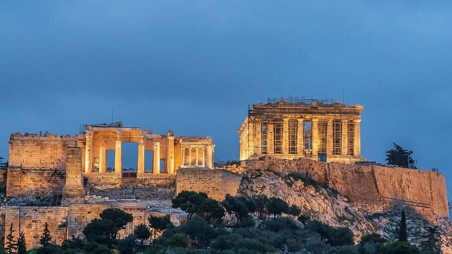 O Partenon ao final da tarde