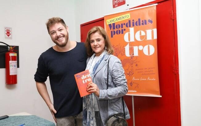 Lançamento do livro de Bruno Lima Penido, roteirista da Globo, contou com presenças ilustres nesta terça-feira