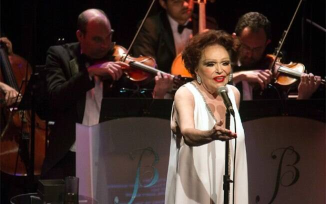 Bibi Ferreira anuncia aposentadoria
